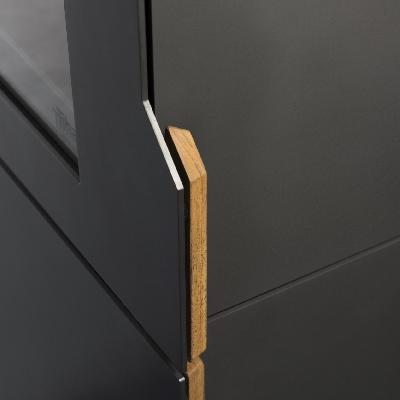 Ouvrez la porte de foyer, une combinaison en acier et bois.
